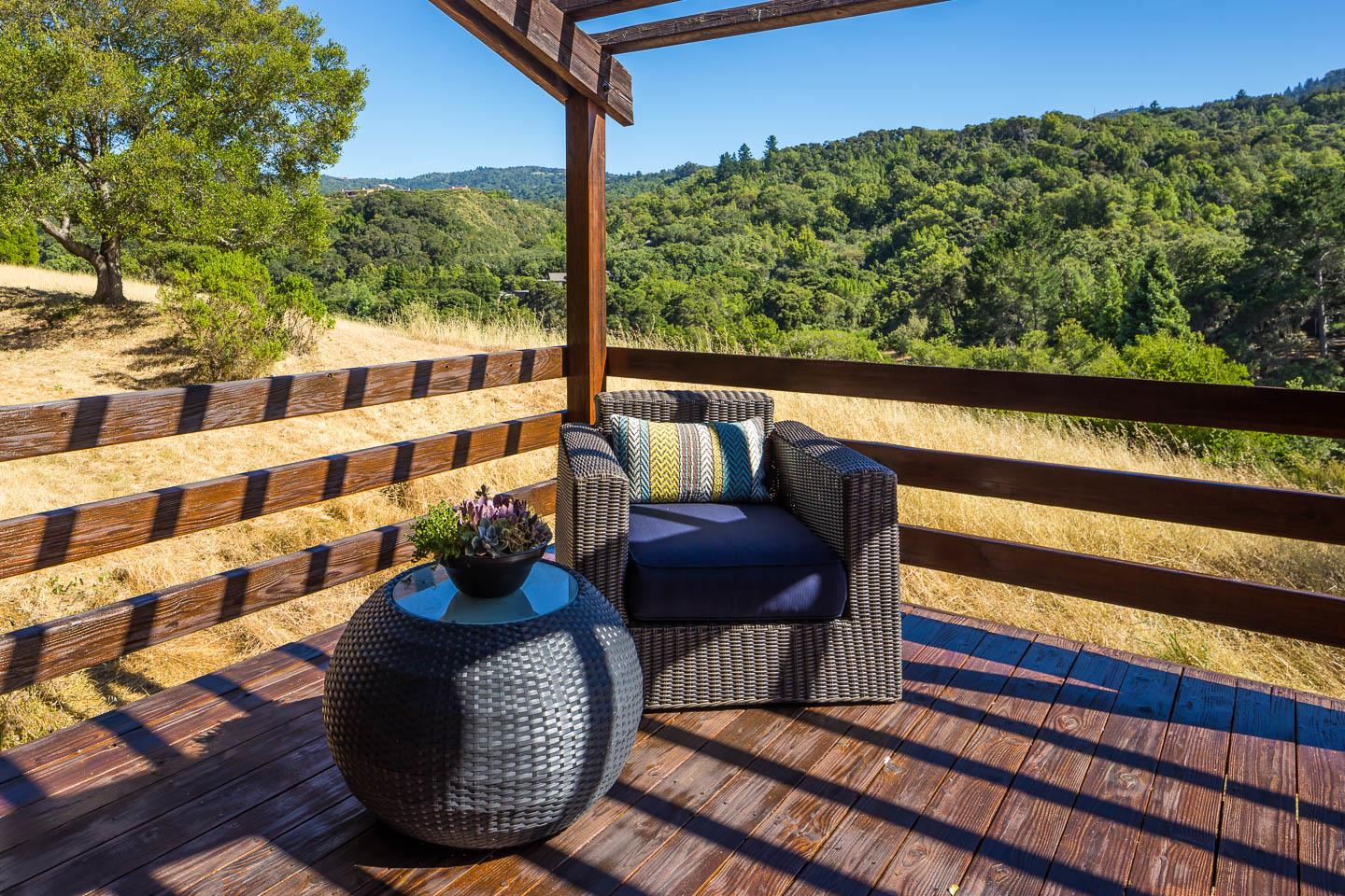 Additional photo for property listing at 10 Sandstone Street  Portola Valley, Californie 94028 États-Unis