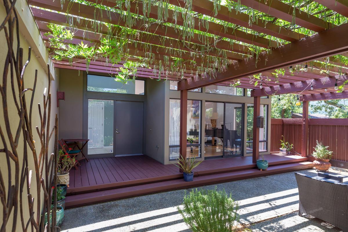 Частный односемейный дом для того Продажа на 11 Coalmine View 11 Coalmine View Portola Valley, Калифорния 94028 Соединенные Штаты