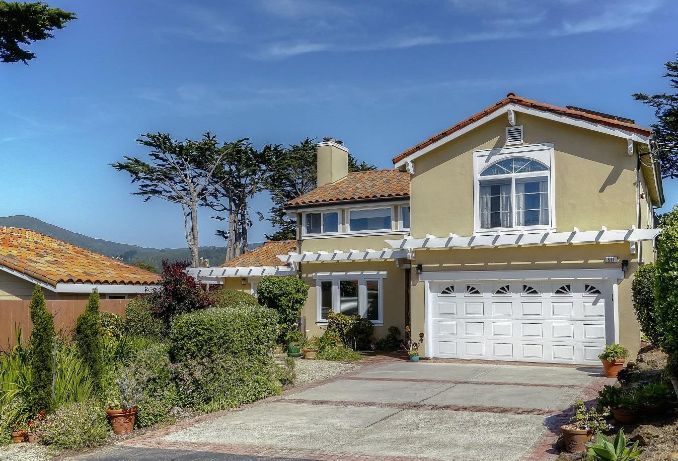 Single Family Home for Sale at 511 8th Street Montara, California 94037 United States