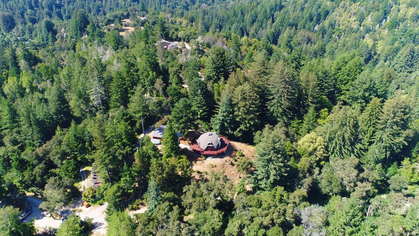 Additional photo for property listing at 235 Dorrance Road  Boulder Creek, California 95006 United States