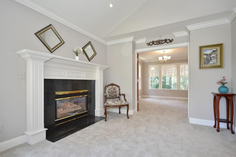 Additional photo for property listing at 325 Arthur Avenue  Aptos, California 95003 United States