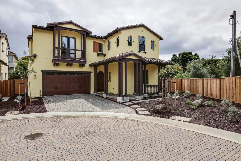 Single Family Home for Sale at 976 Wren Court Santa Clara, California 95051 United States