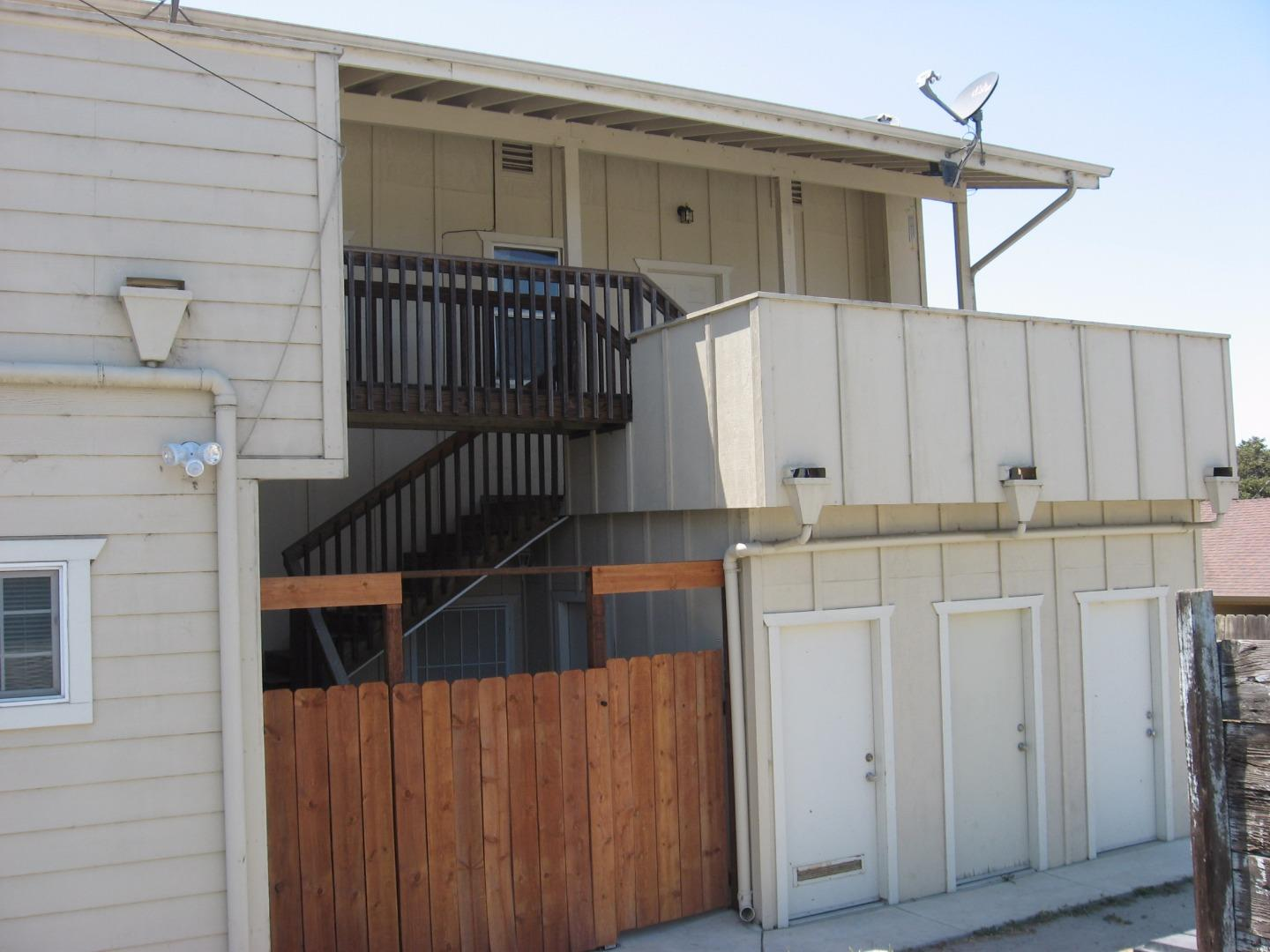 Additional photo for property listing at 373 Blohm Avenue  Aromas, California 95004 United States