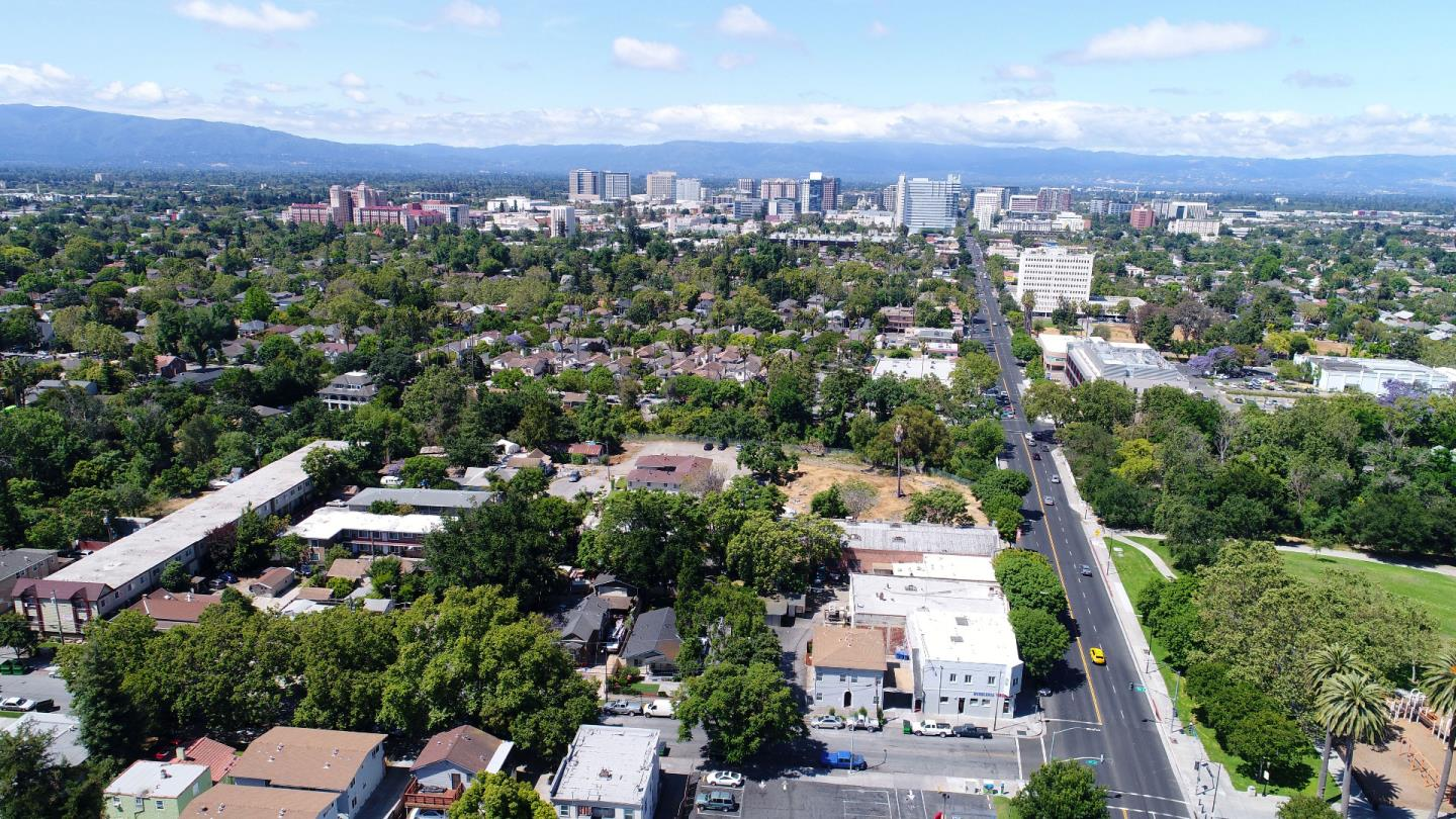 Additional photo for property listing at 896 E Santa Clara Street 896 E Santa Clara Street San Jose, California 95116 United States