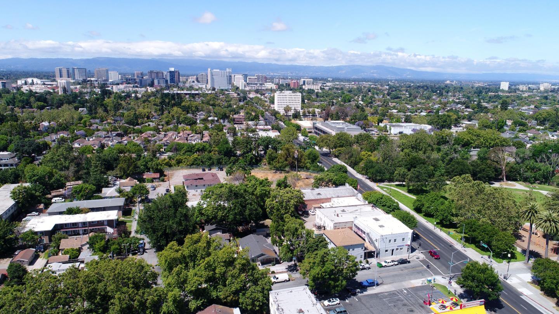 Additional photo for property listing at 896 E Santa Clara Street  San Jose, California 95116 United States