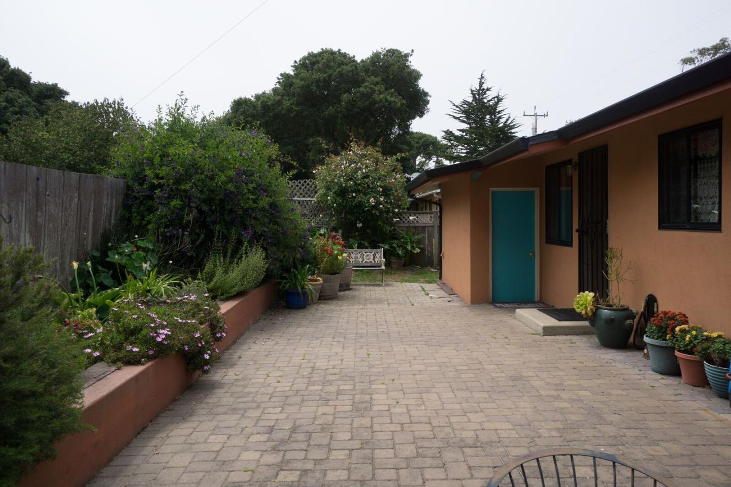 Additional photo for property listing at 729 Rosemont Avenue  Pacific Grove, California 93950 United States
