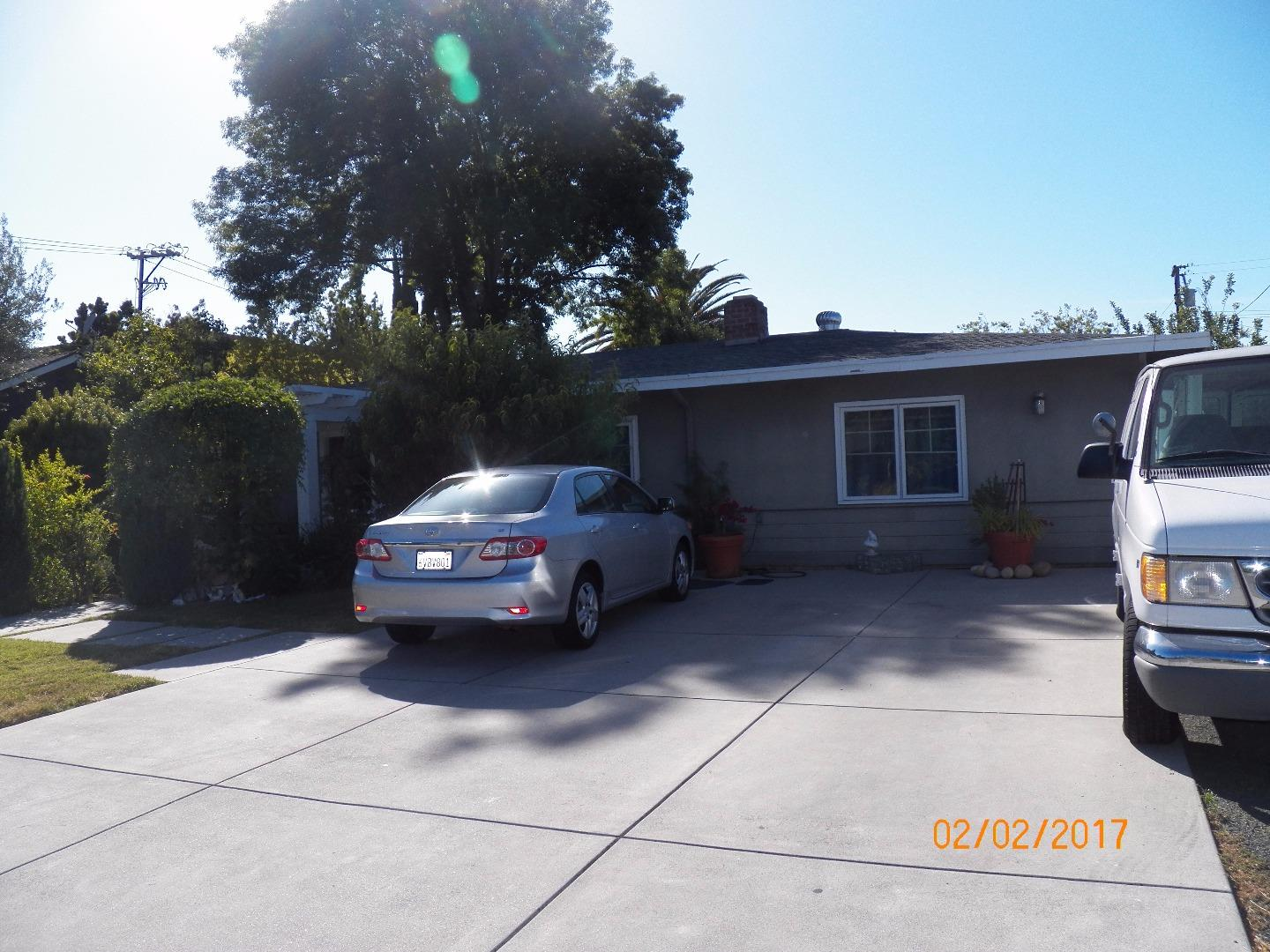 Additional photo for property listing at 11841 Southwood Drive  Saratoga, California 95070 United States