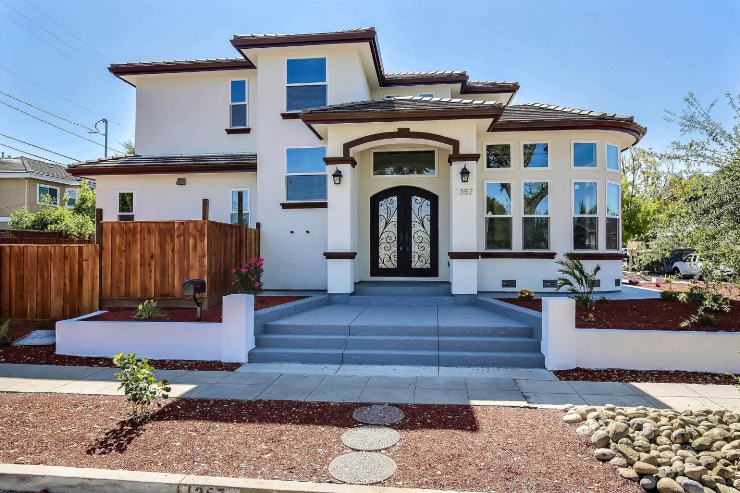 Additional photo for property listing at 1357 Tartarian Way  San Jose, California 95129 United States