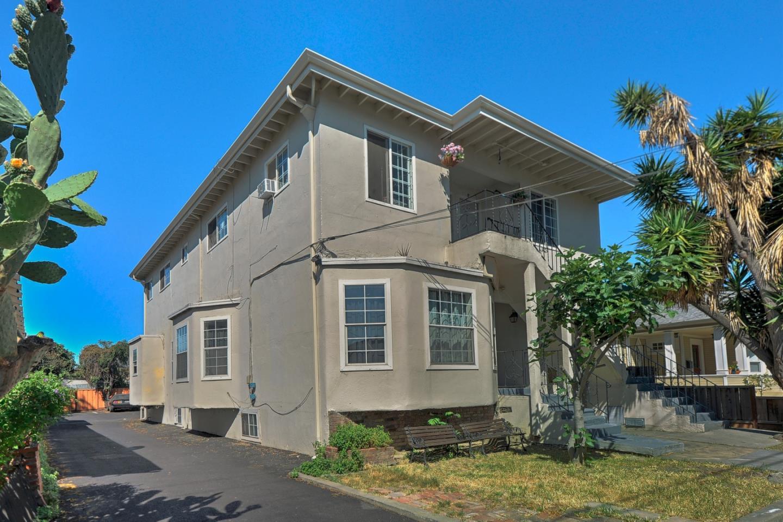 Casa Multifamiliar por un Venta en 381 N 13th Street San Jose, California 95112 Estados Unidos