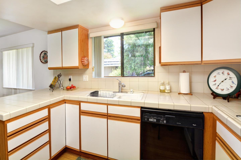 Additional photo for property listing at 23799 Monterey Salinas Highway  Salinas, Kalifornien 93908 Vereinigte Staaten