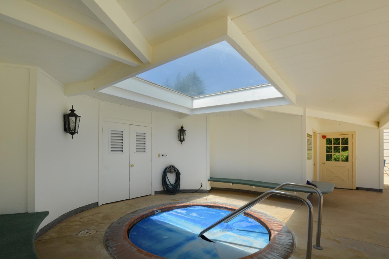 Additional photo for property listing at 23799 Monterey Salinas Highway  Salinas, California 93908 Estados Unidos