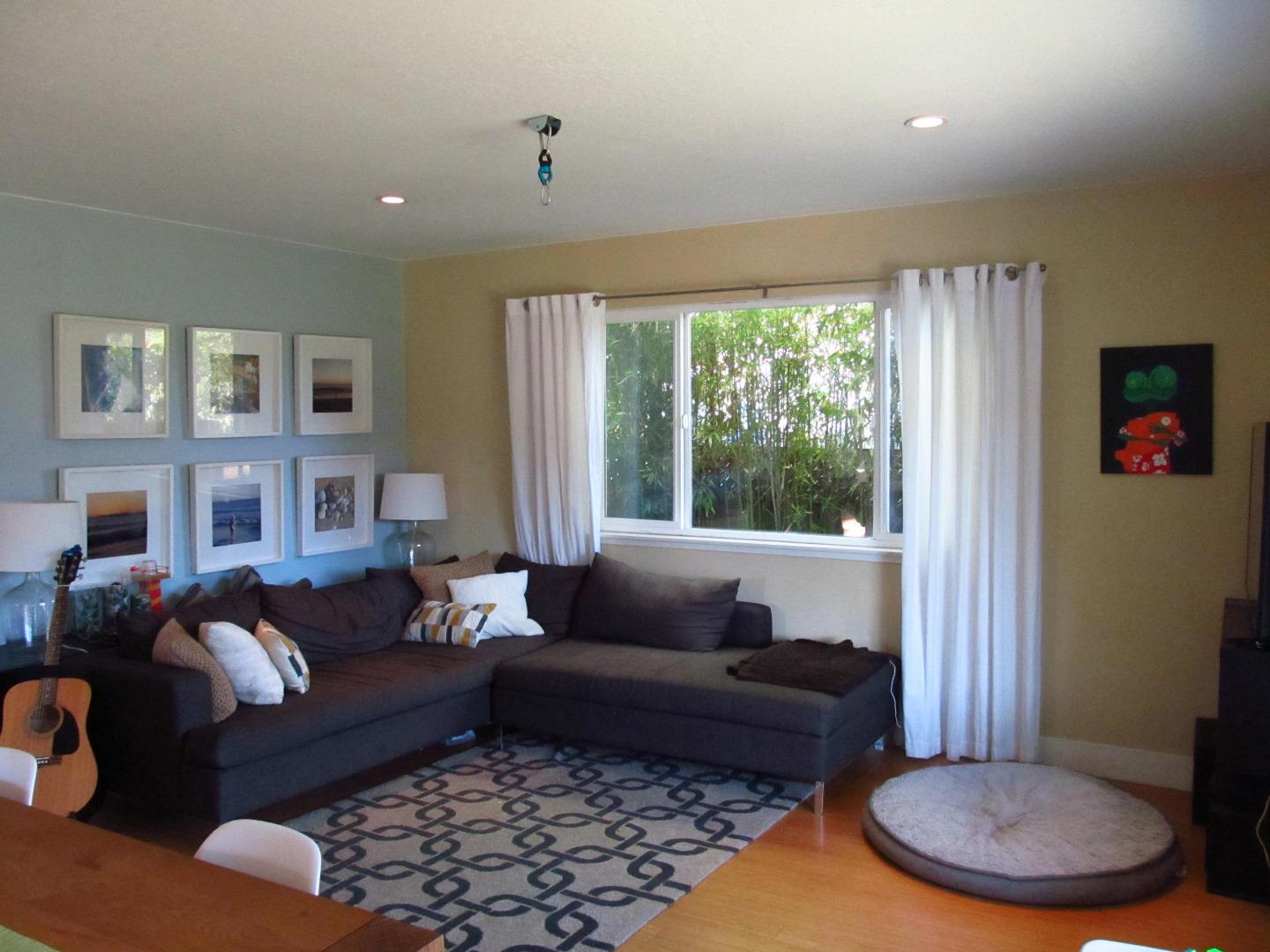 Additional photo for property listing at 614 Cedar Street  Aptos, カリフォルニア 95003 アメリカ合衆国