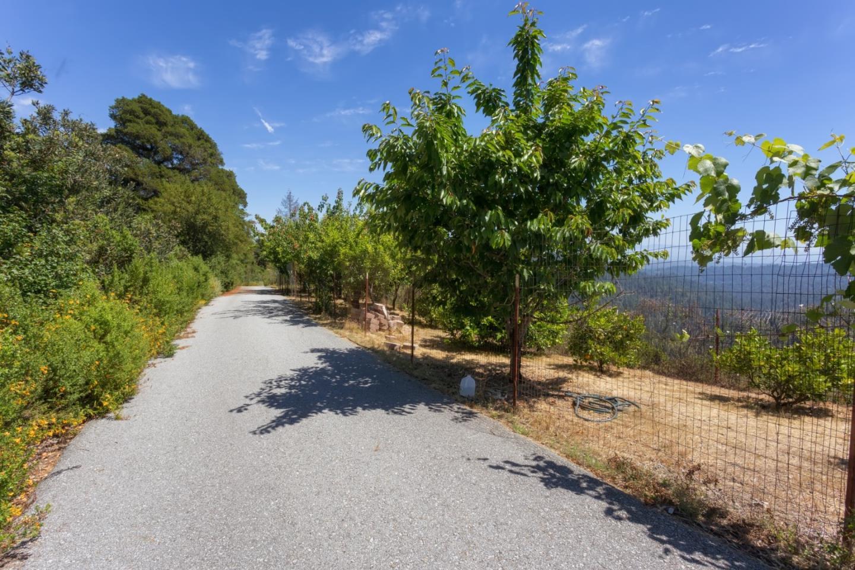 Additional photo for property listing at 2003 Eureka Canyon  Corralitos, Californie 95076 États-Unis