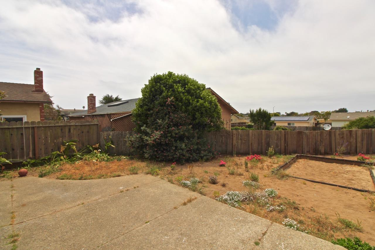 Additional photo for property listing at 3085 California Avenue  Marina, California 93933 United States