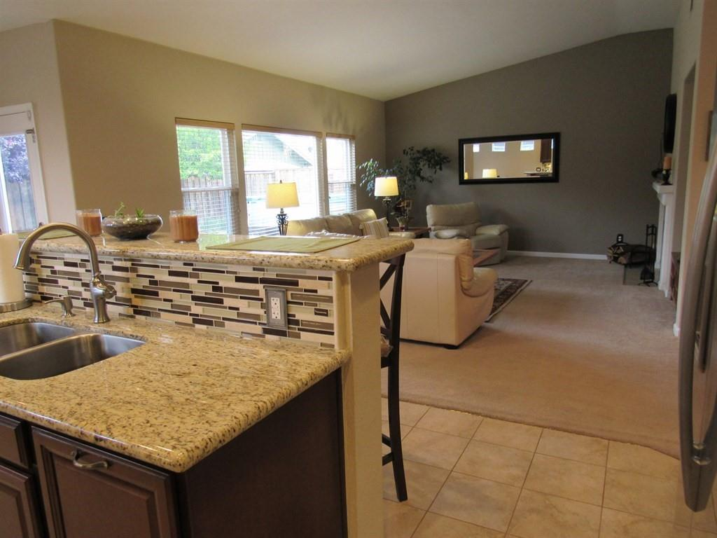 Additional photo for property listing at 101 Charlie Drive  Hollister, カリフォルニア 95023 アメリカ合衆国