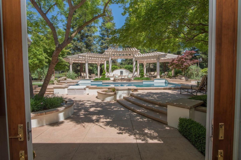 Additional photo for property listing at 2796 E Silaxo Road  Clovis, Калифорния 93619 Соединенные Штаты