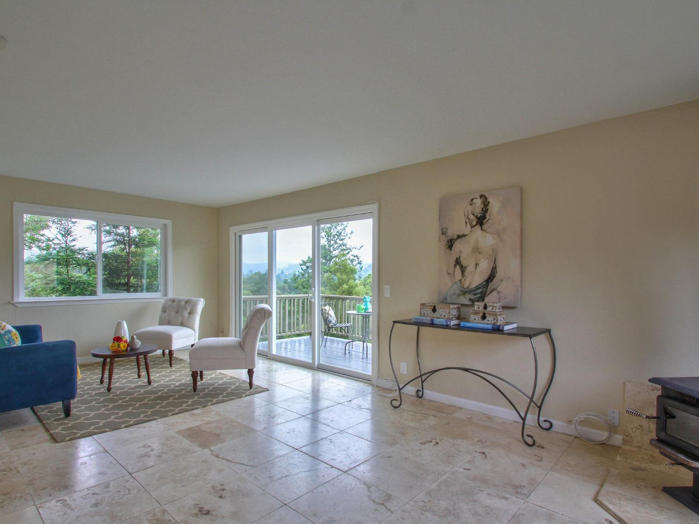 Additional photo for property listing at 911 Vista Del Mar Drive  Aptos, California 95003 United States