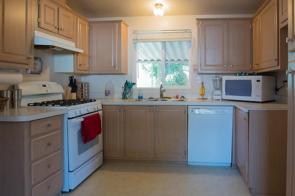 Additional photo for property listing at 2151 Oakland Road  San Jose, Californie 95131 États-Unis