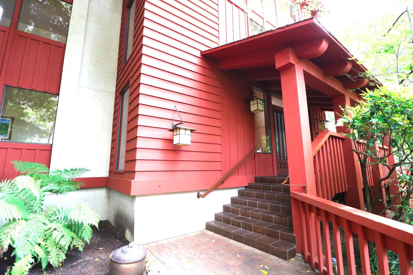 Additional photo for property listing at 1435 Bellevue Avenue  Burlingame, Калифорния 94010 Соединенные Штаты
