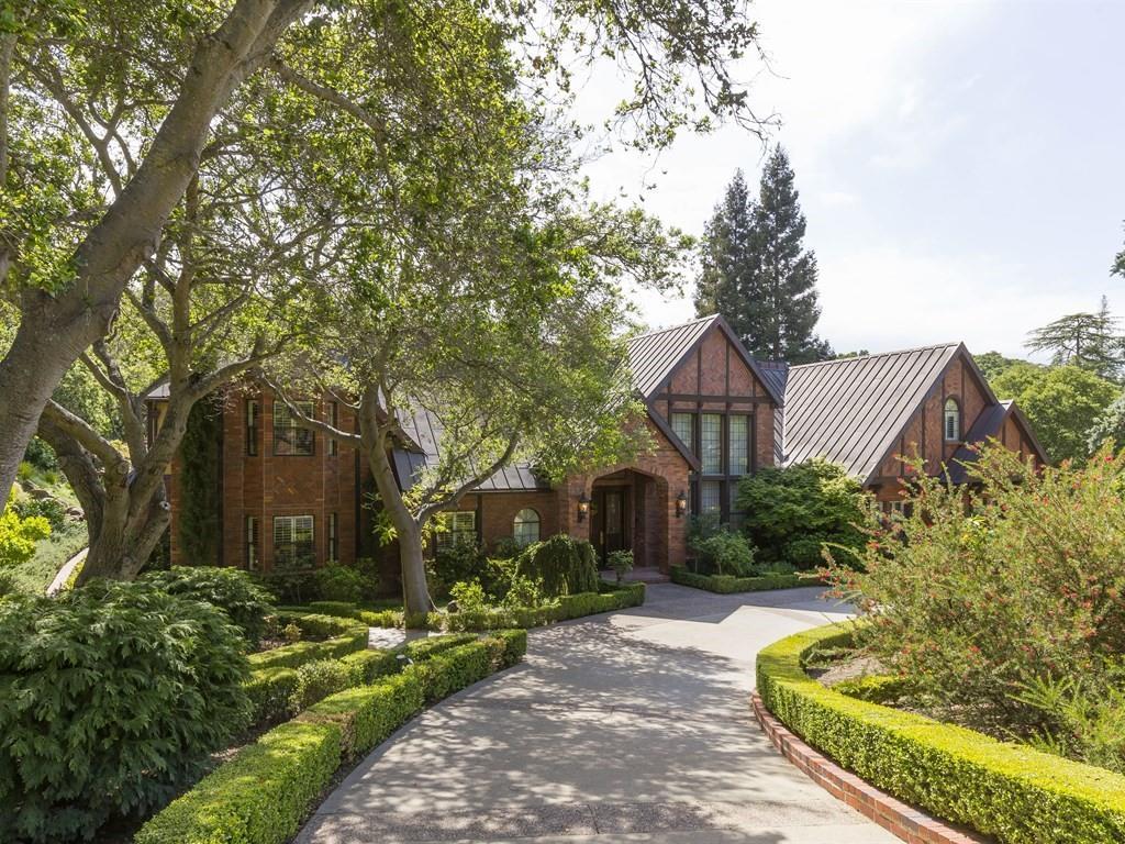 Частный односемейный дом для того Продажа на 16440 S Kennedy Road Los Gatos, Калифорния 95030 Соединенные Штаты