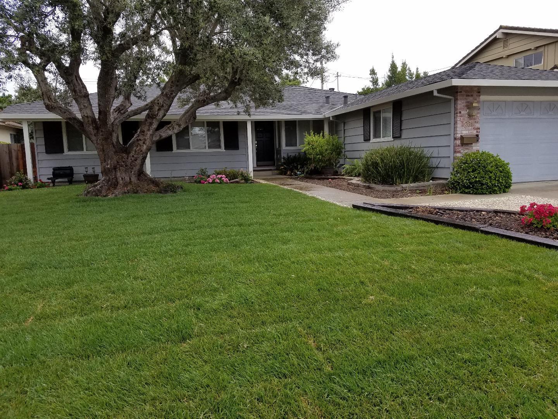 Частный односемейный дом для того Продажа на 261 Madrone Avenue Santa Clara, Калифорния 95051 Соединенные Штаты