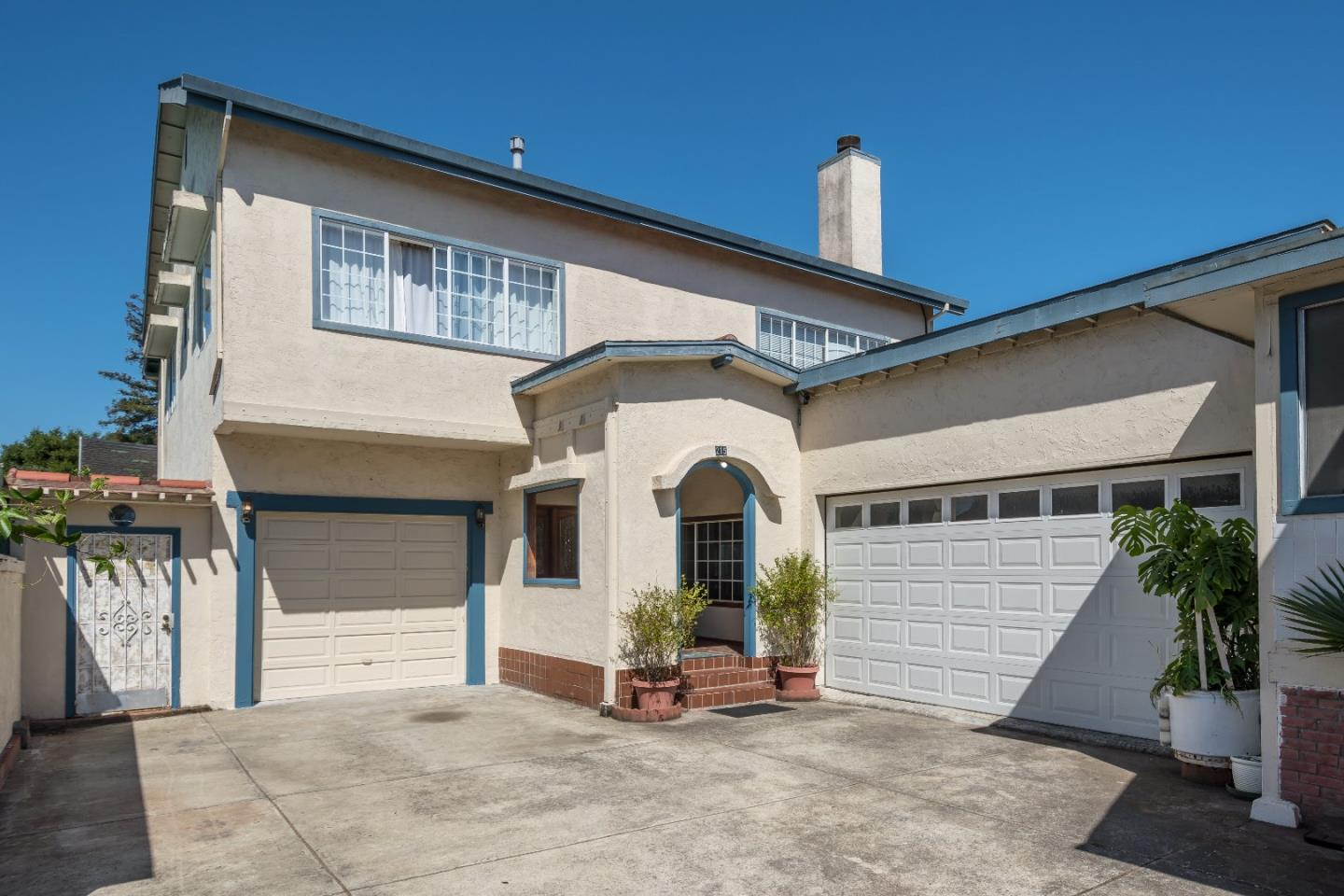 Additional photo for property listing at 215 S Eldorado Street  San Mateo, Californie 94401 États-Unis