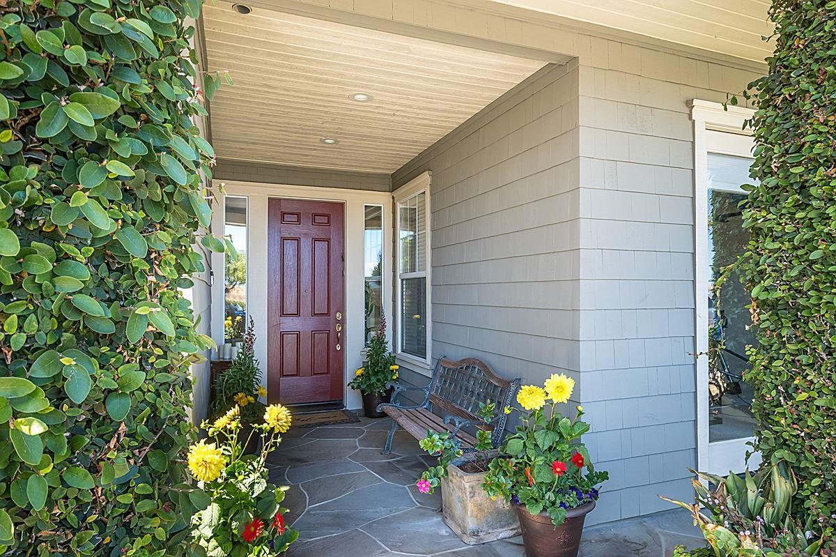 Additional photo for property listing at 2039 Seabrook Court  Redwood City, Kalifornien 94065 Vereinigte Staaten