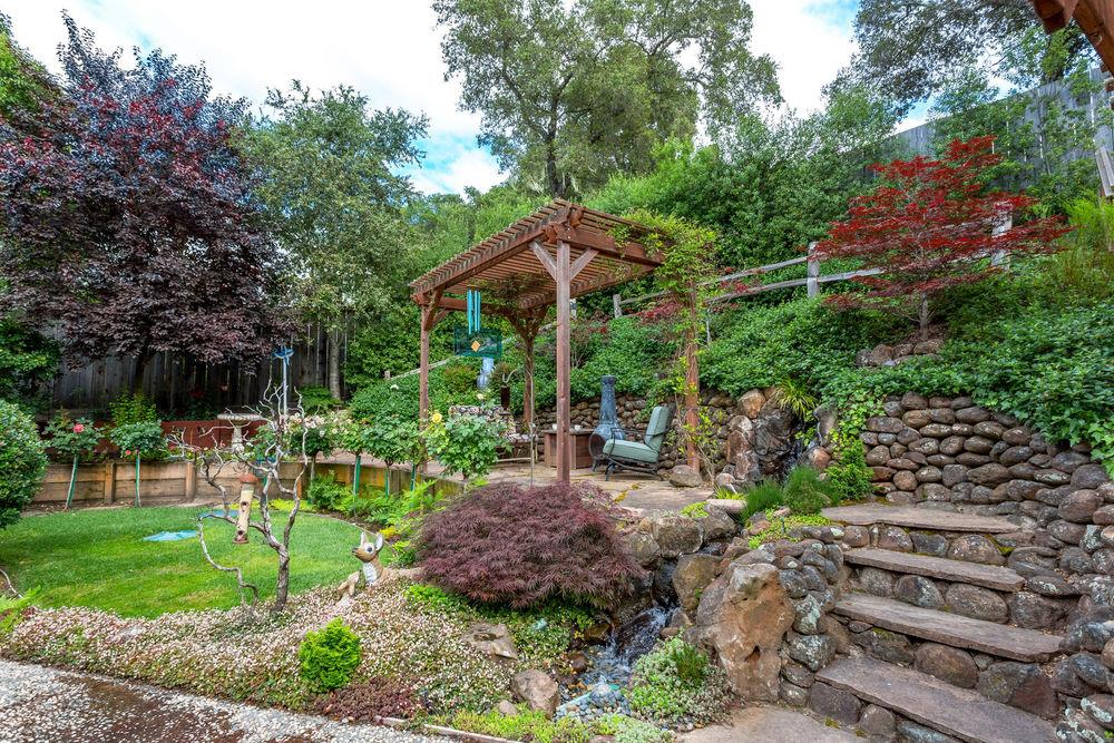 Additional photo for property listing at 101 Hidden Valley Drive  Ben Lomond, California 95005 Estados Unidos