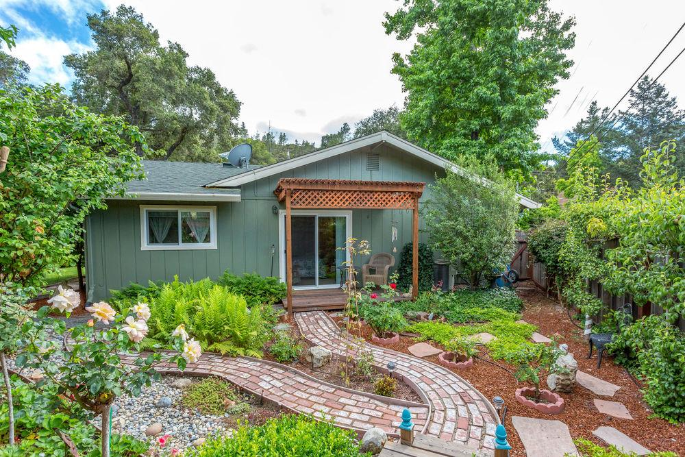 Additional photo for property listing at 101 Hidden Valley Drive  Ben Lomond, California 95005 United States