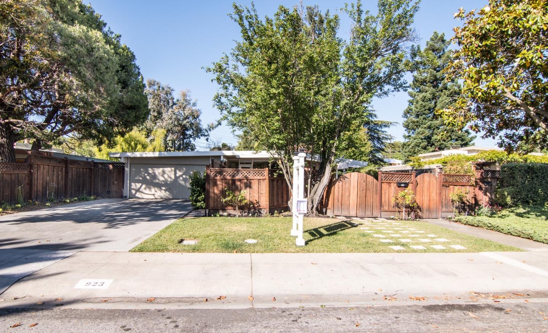 923 Moreno Avenue, PALO ALTO, CA 94303