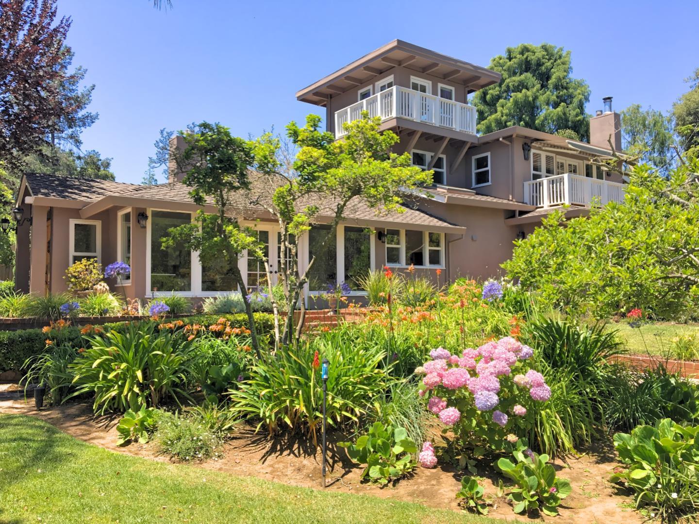 獨棟家庭住宅 為 出售 在 167 School Way Watsonville, 加利福尼亞州 95076 美國