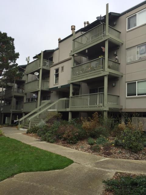 Additional photo for property listing at 373 Half Moon Lane  Daly City, Kalifornien 94015 Vereinigte Staaten