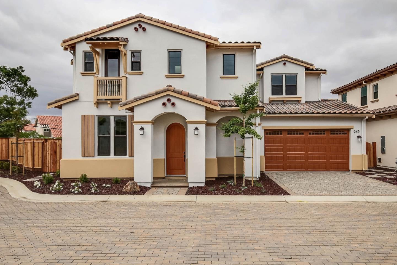 Casa Unifamiliar por un Venta en 963 Wren Court Santa Clara, California 95051 Estados Unidos