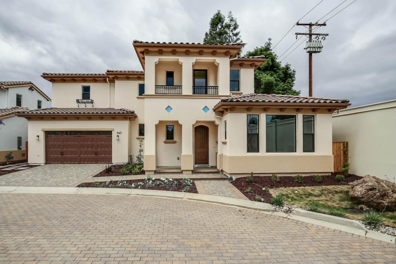 واحد منزل الأسرة للـ Sale في 943 Wren Court Santa Clara, California 95051 United States