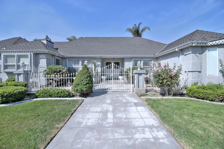 Частный односемейный дом для того Продажа на 3413 Barbera Lane Modesto, Калифорния 95356 Соединенные Штаты