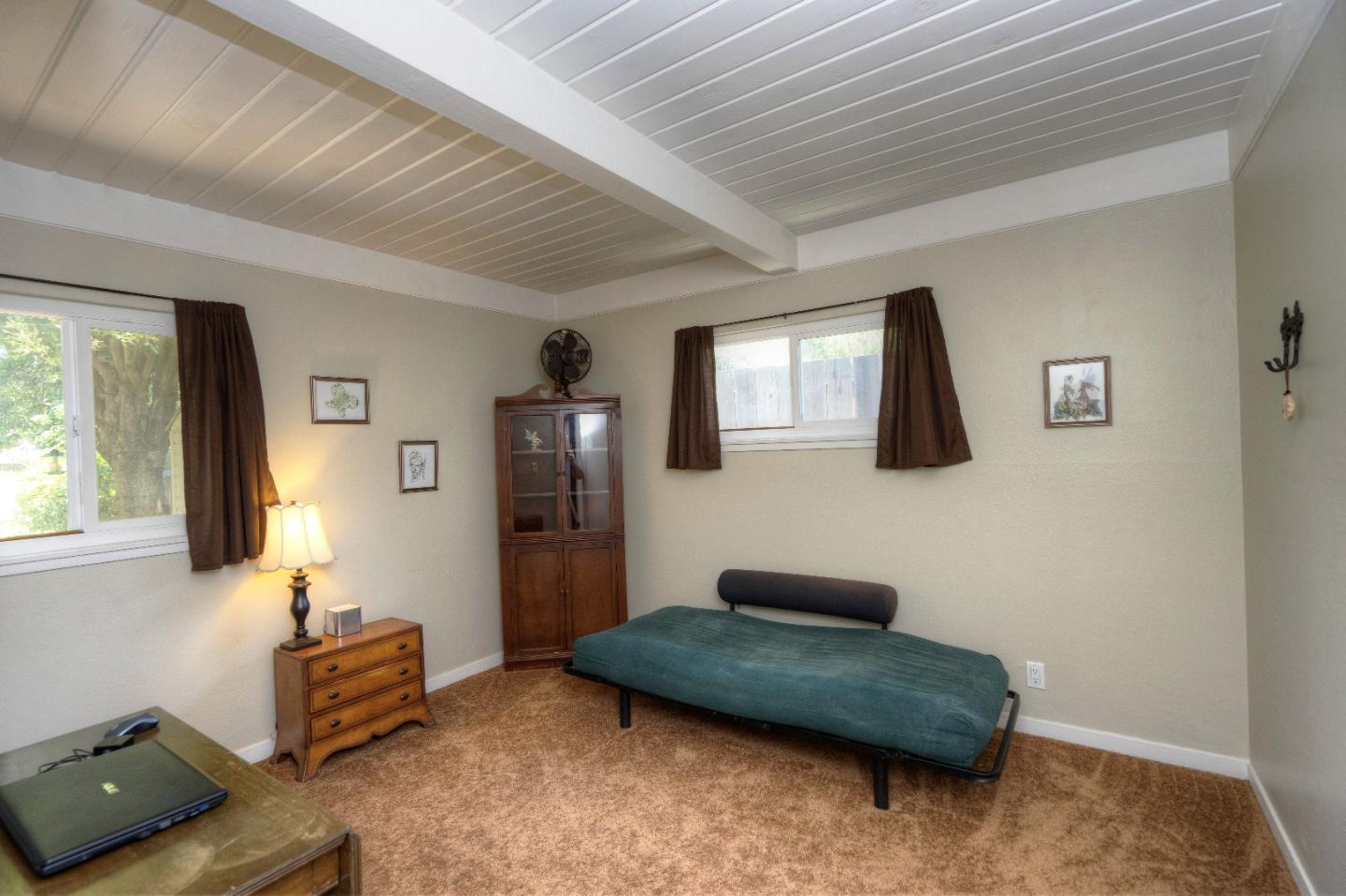 Additional photo for property listing at 738 Lilly Avenue  Hayward, カリフォルニア 94544 アメリカ合衆国