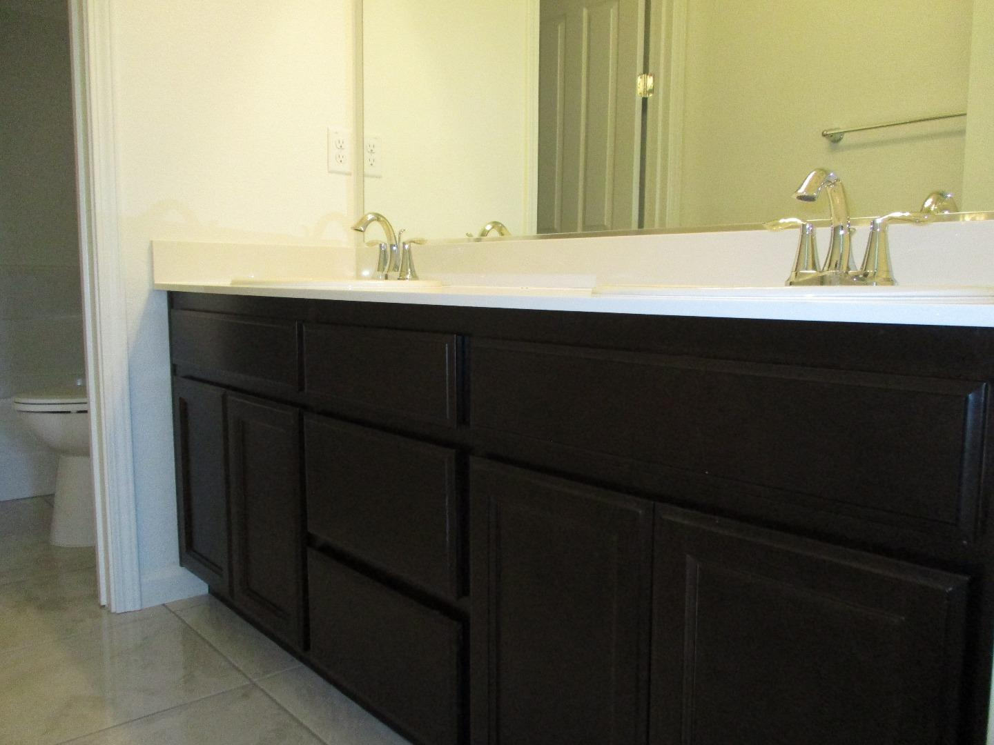 Additional photo for property listing at 1027 Ruby Way  Gilroy, カリフォルニア 95020 アメリカ合衆国