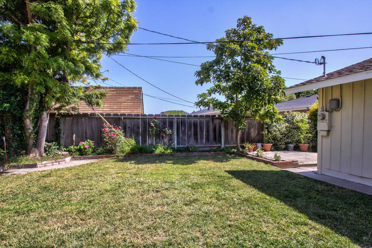 Additional photo for property listing at 1334 Riker Street  Salinas, カリフォルニア 93901 アメリカ合衆国