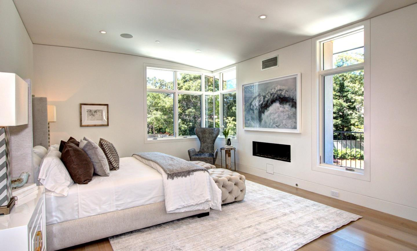 Additional photo for property listing at 1 Belbrook Way  Atherton, Californie 94027 États-Unis