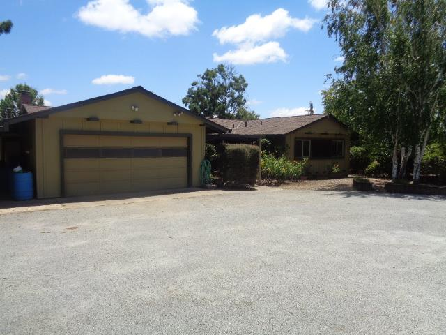 Additional photo for property listing at 2650 Roop Road  Gilroy, California 95020 United States