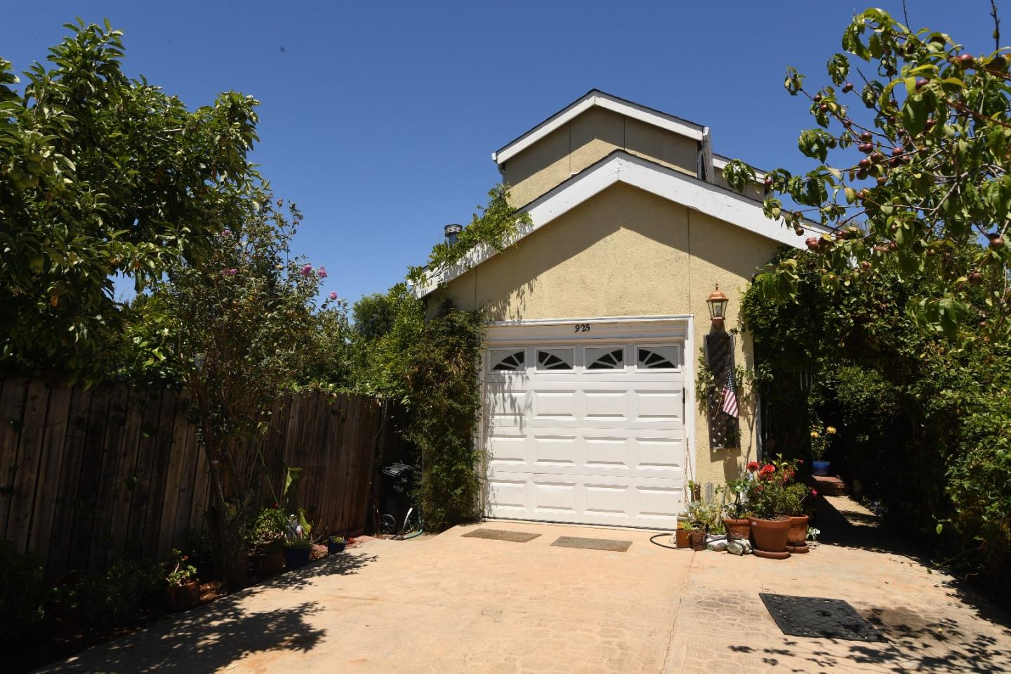 Additional photo for property listing at 925 Junipero Avenue  Redwood City, カリフォルニア 94061 アメリカ合衆国