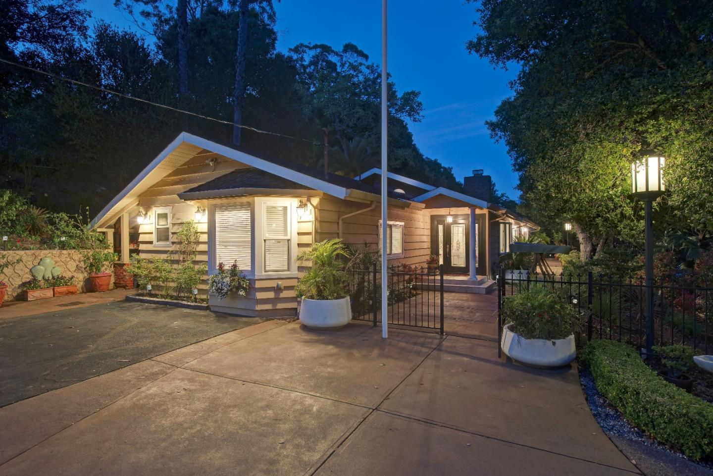 Additional photo for property listing at 15760 Eucalyptus Drive  Los Gatos, California 95030 United States
