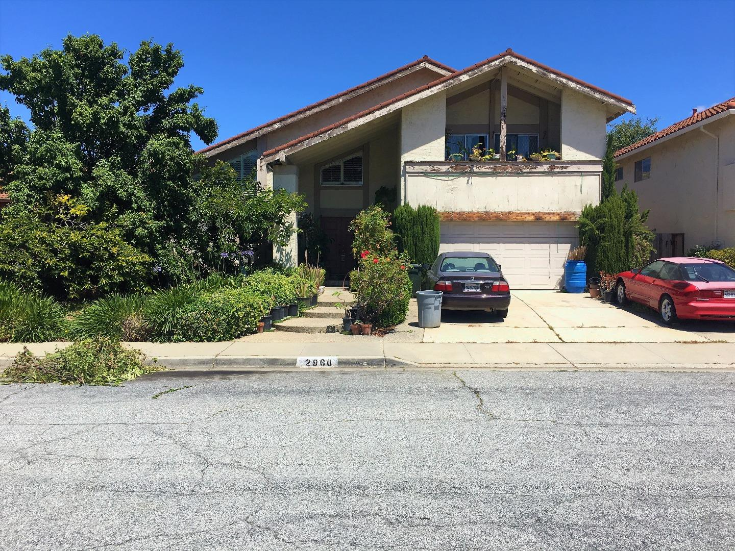 Maison unifamiliale pour l Vente à 2960 Davidwood Way San Jose, Californie 95148 États-Unis