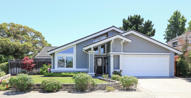 Maison unifamiliale pour l Vente à 1127 Blythe Street Foster City, Californie 94404 États-Unis