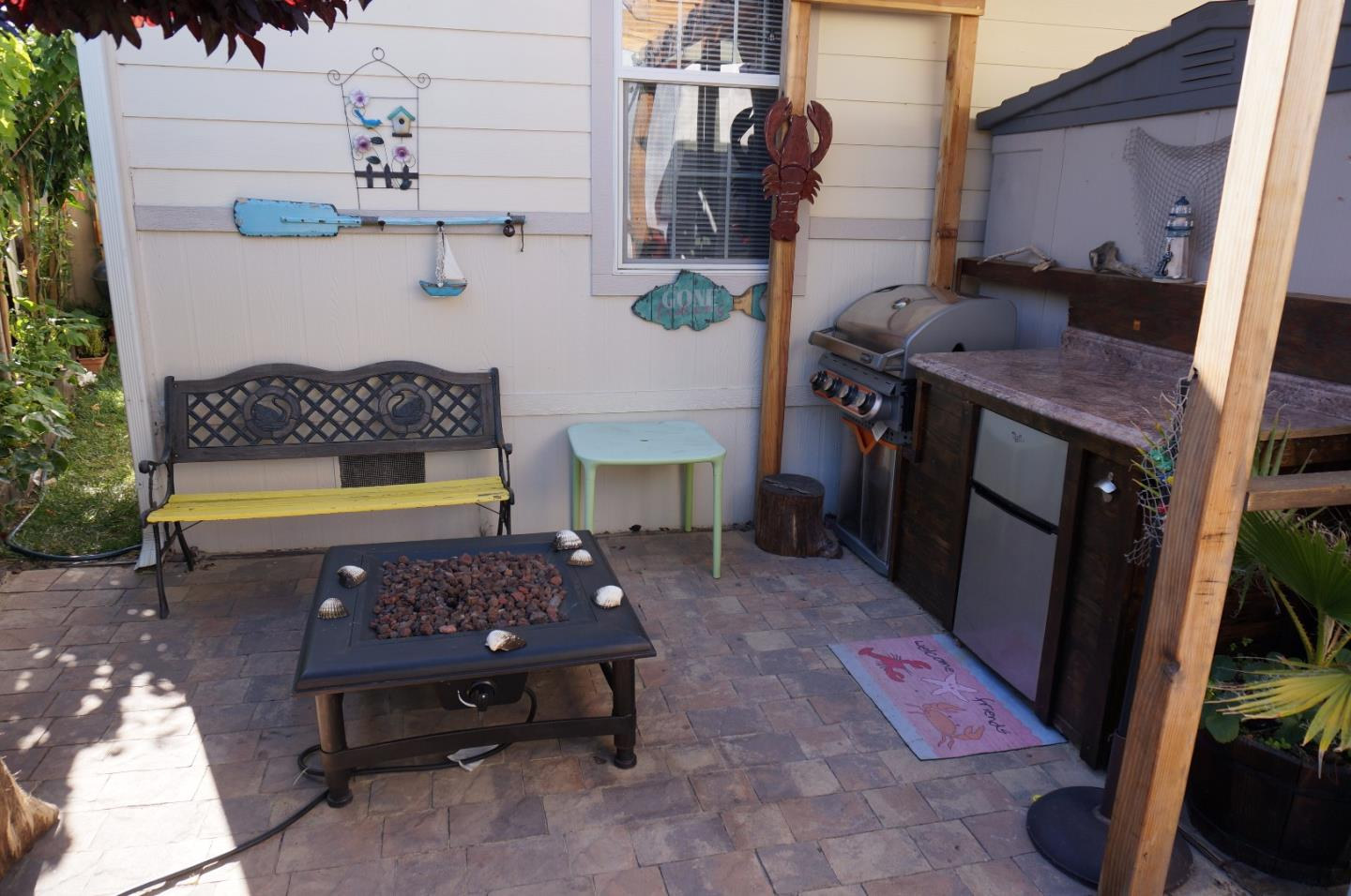 Additional photo for property listing at 3015 E Bayshore Road  Redwood City, California 94063 United States