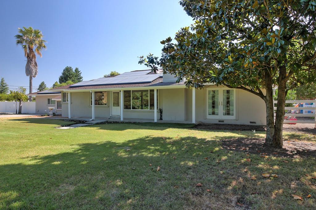 Casa Unifamiliar por un Venta en 12620 Santa Teresa Boulevard San Martin, California 95046 Estados Unidos