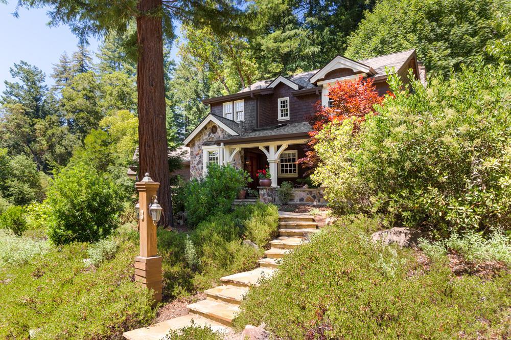 Maison unifamiliale pour l Vente à 3 Pine Avenue 3 Pine Avenue Mount Hermon, Californie 95041 États-Unis