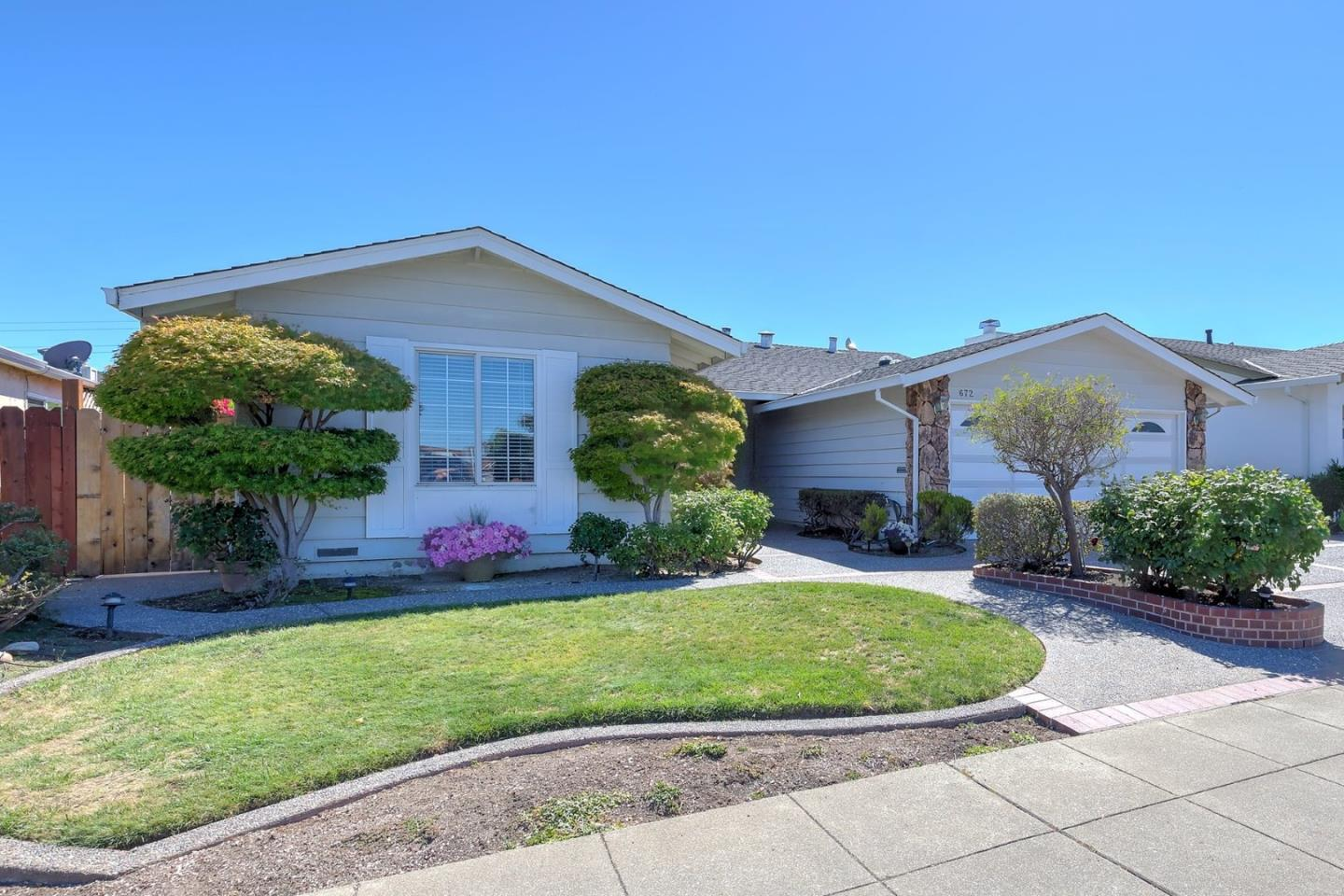 Single Family Home for Sale at 672 Harvester Drive Foster City, California 94404 United States