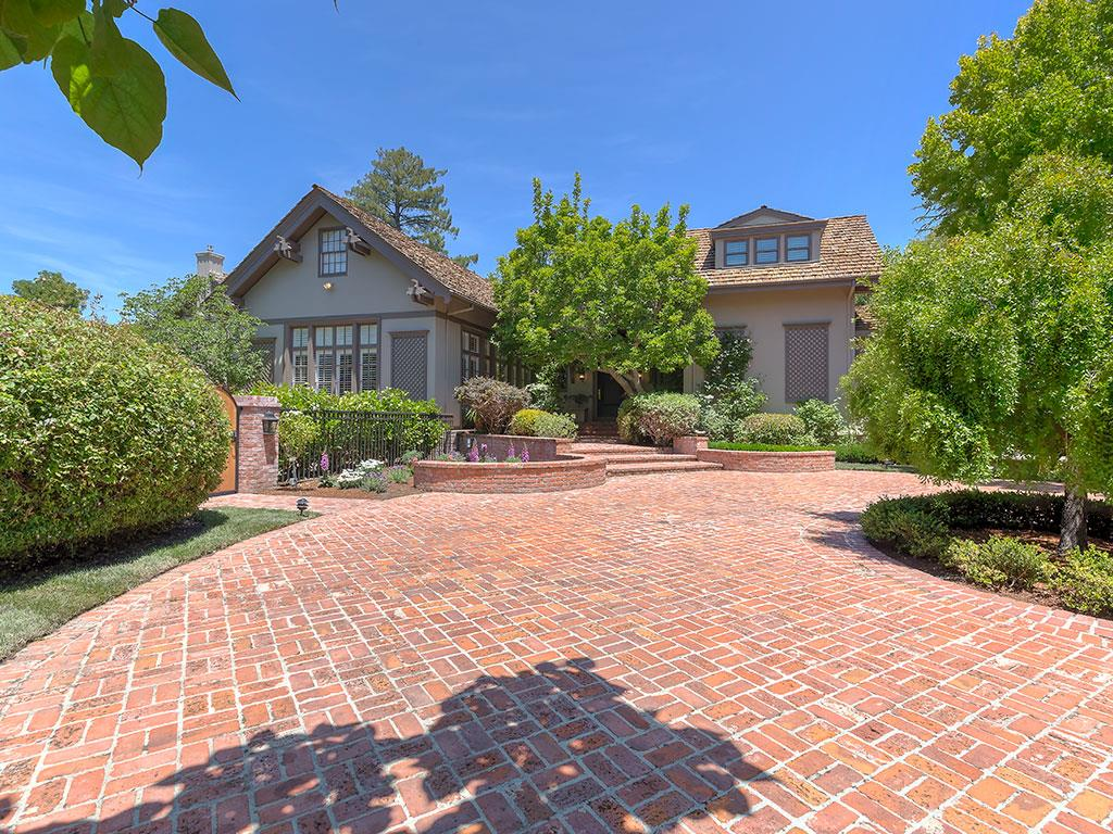 Single Family Home for Sale at 820 Hillsborough Boulevard Hillsborough, California 94010 United States