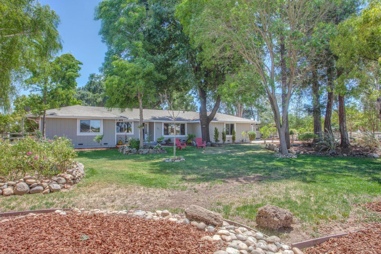 340 E Middle Avenue, SAN MARTIN, CA 95046